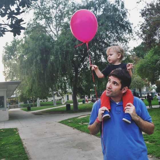 Got a free balloon from some kids who were shooting a commercial in the park (we are so in LA...)